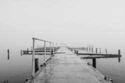Steg am Ufer der kleinen Müritz