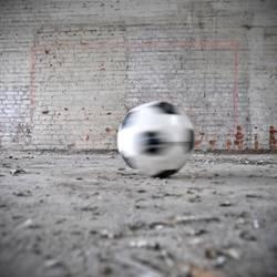 Ball rund, muss in Tor eckig!