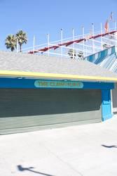 Santa Cruz Boardwalk – THE CLAW • FLIP IT