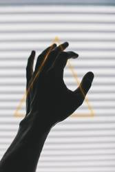triangulär gehändelt