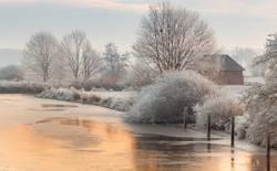 Winterliches Teufelsmoor bei Sonnenaufgang