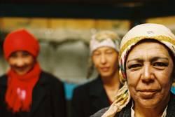 Frauen in der Jurte