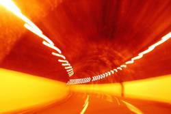 tunnelblur2