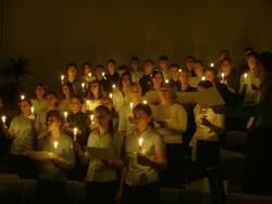 Chor mit Kerzen