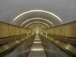 b:escalator:01