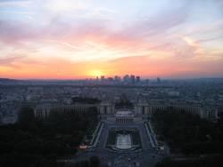 Sonnenuntergang in Paris vom Eifelturm