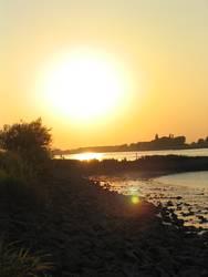 Elbe kurz vor Sonne weg