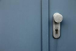 Tür mit Griff