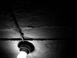 Licht im Dunkel #4 - Keller