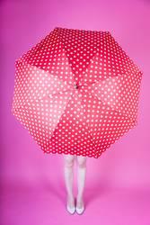 experiment   öffne-drinnen-einen-regenschirm-tag
