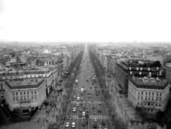 Die Welt steht still - Paris ohne Kurven