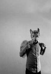 Engel mit Wolfsmaske.