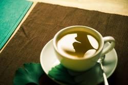 Voll im Tee