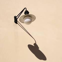 Licht- und Schattenspender