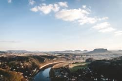 Immer der Elbe entlang