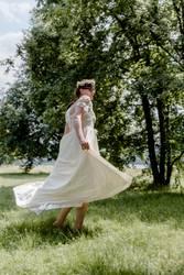 tanzende Braut   UT DRESDEN