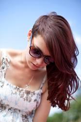 Schöne Asymmetrie | Laura