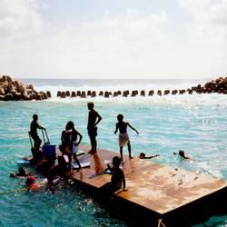 schwimmen lernen auf maledivisch