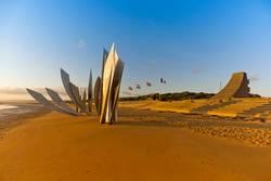 """Skulptur """"Les Braves"""" Normandie"""