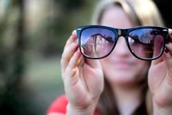Brillenfrau