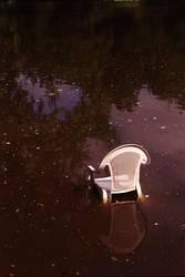 Stuhl im Stadtparksee