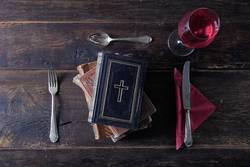 Was setzt die Kirche uns vor? – Abendmahl