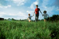 Mutter, Kind und Gras oder so
