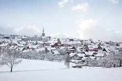 Dorf im Schnee