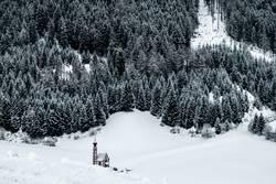 kleine Kapelle, große Berge
