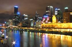Yarra Night Mirroring