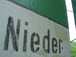 Nieder