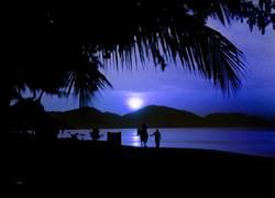 Mondschein am Strand von Penang (Malaysia)