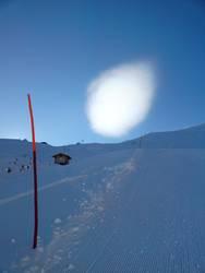 A.L.I.E.N.S. go skiing??