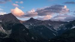 Nullachtfünfzehn | Wolken über Berge
