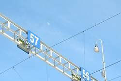 57 mit Mond + Lampe