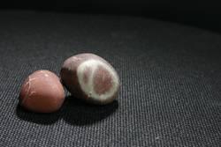 Steine in der Nacht