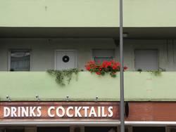 DRINKS COCKTAILS