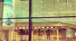 Am Flughafen