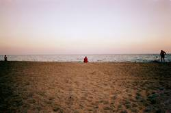 am strand und mittendrin