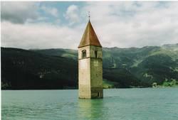 Kirche im Wasser