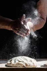 Splashing flour
