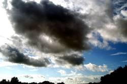 Dunkle Wolken I