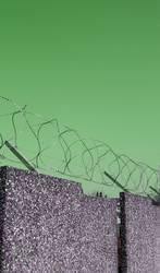 so´n Zaunhalt über ner Mauer