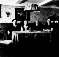 4 Schwestern 1945