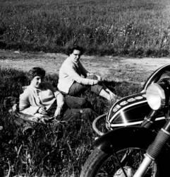 Motorradbräute