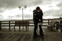 Ein Kuss bei Wind und Wetter