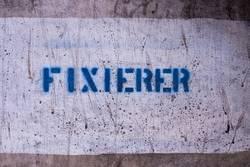 FIXIERER