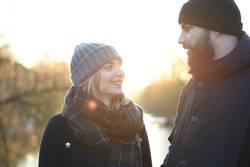 Sonnenschein, Mann & Frau, Paar, Mützen, Winter