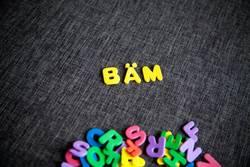 Buchstaben BÄM