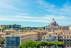 Vatikan und Basilika von St. Peter von Castel Sant'Angelo gesehen
